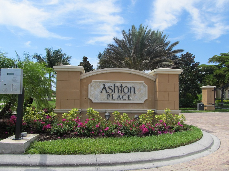 Ashton Place in Lely Resort