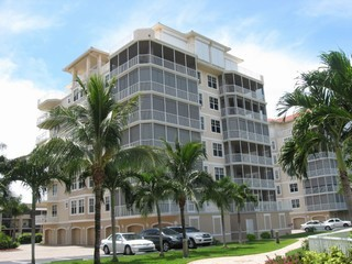 Courtyard Towers Condos on Marco Island